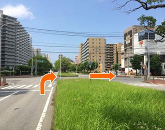 300mほどそのまま直進し右斜め前に美浜郵便局がみえましたら右折します。